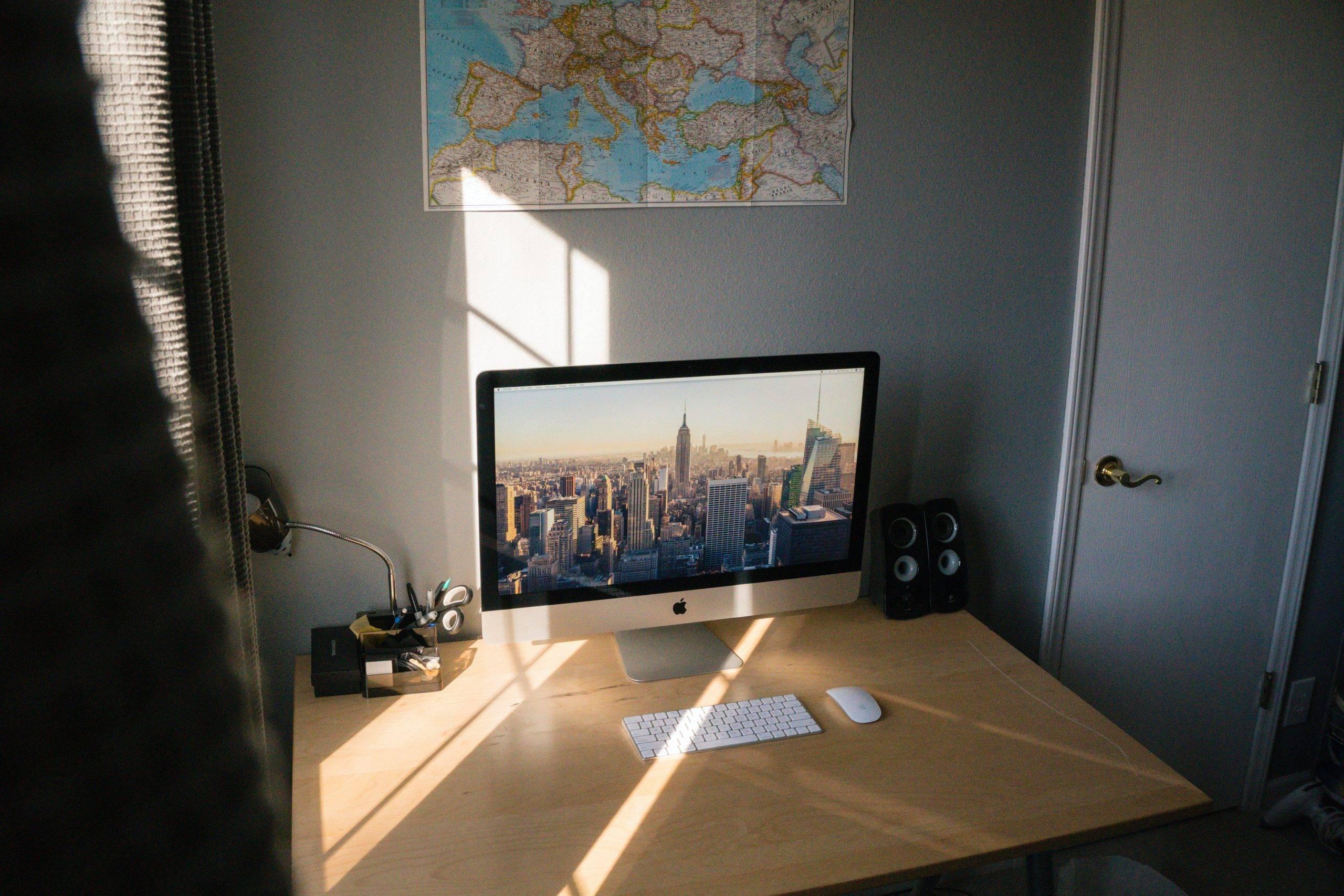 iMacの地震対策は耐震マットがおすすめ